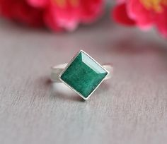 Emerald ring  Precious ring  Green ring  square ring by Studio1980