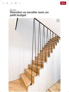 Opbergruimte onder trap mooi en strakke trapleuning / afscheiding