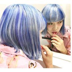 WEBSTA @ jooji99 - ブルー系セクションカラー。#haircolor#헤어스타그램#염색#헤어스타일#뷰스타그램 #헤어스타일#미용실#염색#manicpanic#art#マニックパニック#hair#ハイトーンカラー#bluehair#パステルカラー#pastelcolor#セクションカラー #ブリーチ #ホワイトブリーチ #portraits #photographer #photography