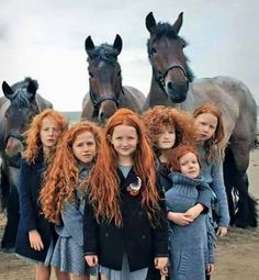 Family from Ireland. Red hair is considered a genetic mutation. Both parents must be carriers of the mutated gene to be able to produce redhead offspring, of which there is a chance if they don't have red hair themselves. Beautiful World, Beautiful People, Beautiful Redhead, Beautiful Family, Beautiful Horses, Beautiful Beautiful, Beautiful Clothes, Beautiful Pictures, People Of The World