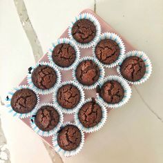 #chocolatemuffin #healthy Healthy Chocolate Muffins, Whole Food Recipes, Breakfast, Fit, Morning Coffee, Morning Breakfast, Healthy Chocolate Cupcakes
