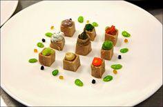 Petite partie de Tic-Tac-Toe !... Devinez qui a gagné ?   (Clafoutis .nl - befood styling) L'art de dresser et présenter une assiette comme un chef de la gastronomie... http://www.facebook.com/VisionsGourmandes . > Photo à aimer et à partager !  #gastronomie #gastronomy #chef #recette #cuisine #food #visionsgourmandes #dressage #assiette #art #pornfood #foodporn #photo #design #foodstyle #foodart #recipes #designculinaire #culinaire #artculinaire #presentation #culinaryart #foodstylism…