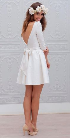 White bride dresses. All brides dream of finding the perfect wedding ceremony, but for this they require the perfect bridal wear, with the bridesmaid's outfits complimenting the brides dress. These are a variety of suggestions on wedding dresses.
