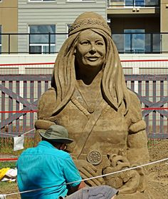 An artist working on one of the amazing sand sculptures at Sand on Whyte. The event (admission by donation) takes place on the east side of Gateway Boulevard, right next to MKT (just before Whyte Ave) from July Sand Sculptures, East Side, Artist At Work, Statue, Amazing, Sand Sculpture, Sculptures, Sculpture