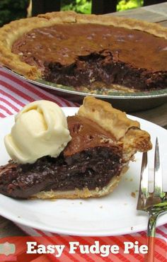 Looking for a quick chocolate fix that takes no time at all to prepare, check out this super easy fudge pie recipe that will do the trick with very little effort.