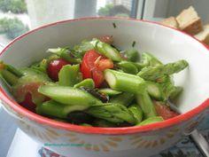 Hamburg kocht!: Salat aus grünem Spargel und Tomaten (Detox Beauti...