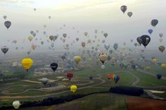 A total of 343 hot air balloonists have broken the world record for taking off at the same time, at the Lorraine World Air Balloon Festival in Chambley-Bussieres, France. Balloon Glow, Balloon Rides, Hot Air Balloon, Air Ballon, Vacation Places, Places To Travel, Places To See, Vacations, Travel Destinations