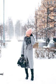 Jonnamaista - Pink Beanie Outfit