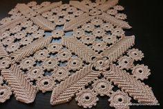 CROCHET irlandais Doilie carrés décoration par CrochetedByLyubava