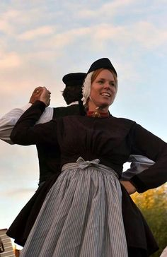 Terschellinger volksdansen Cultural Dance, The Old Days, Folklore, Regional, Dutch, Special Occasion, Old Things, Costumes, Traditional