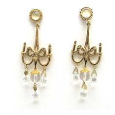 DIOR, boucles d'oreilles pendantes cristal et métal doré