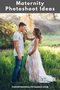 VICIDOLLS on Maternity shoot goals with photographer lindsaykujawaphotography + our gorgeous customer nicolaleenelson in the Antonia Maxi Dress in