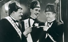 Laurel y Hardy: 40 momentos divertidos - saskia Laurel And Hardy, Stan Laurel Oliver Hardy, Classic Comedy Movies, Classic Comedies, Clean Comedians, Sound Film, Comedy Duos, Great Comedies, Abbott And Costello