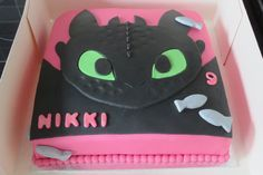Toothless cake - picture only Toothless Party, Toothless Cake, Dragon Birthday Parties, Dragon Party, Birthday Ideas, Dragon Cakes, Bday Girl, Cakes For Boys, Piece Of Cakes
