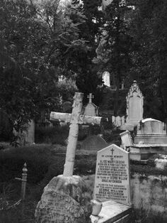 love to visit this cemetary