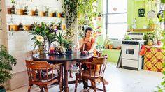 Empresária decora seu belo loft em Nova York com mais de 500 plantas - Stylo Urbano #decoração #natureza #plantas
