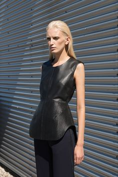 Karolina Zmarlak Spring 2015 Ready-to-Wear - Collection - Gallery - Look - Style.com