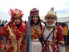 Turanian girls at Kurultaj 2014.