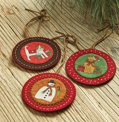 Make these adorable Christmas ornaments in two sizes using festive fabric.These simple, fun, and oh-so-cute Christmas ornaments are great for gift-giving!