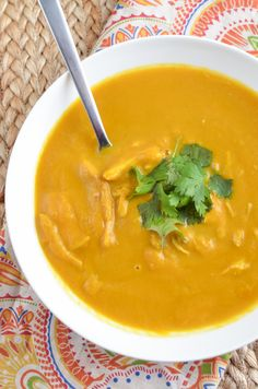 Slimming Eats Instant Pot Chicken Butternut Squash Coconut Curry Soup - gluten free, dairy free, paleo, Slimming World and Weight Watchers friendly Butternut Soup, Chicken And Butternut Squash, Slimming Eats, Slimming World Recipes, Soup Recipes, Cooking Recipes, Healthy Recipes, Coconut Curry Soup