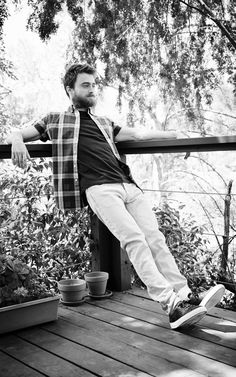 Daniel Radcliffe on alcoholism, starving himself, Harry Potter - and the day he fell in love - Early stardom and a huge fortune came at a price for Daniel Radcliffe. But the former child star ha - Danielle Radcliffe, Daniel Radcliffe Emma Watson, Daniel Radcliffe Harry Potter, Harry Potter Gif, First Harry Potter, Chris Columbus, Drarry, James Mcavoy, Celebrity Pictures