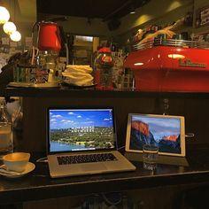 Glad to be back at Yaboo cafe! #taipei #digitalnomad #travel #remotework #workhardanywhere #coffice #workandtravel #workanywhere #wha #nomad #cafe #coffee #coffeeshop #appleandcoffee #workremote #remoteworking #codeanywhere #remoteoffice @freshbooks #taiwan
