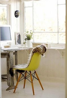 Eames Plastic Side Chair in the Home Office