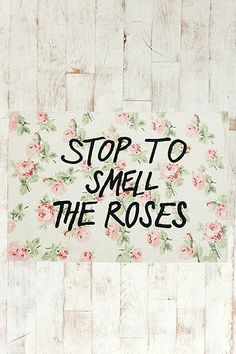 Smell Roses 2x3 Rug - Urban Outfitters