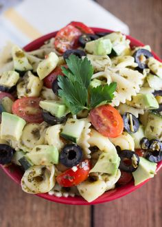 Pesto Pasta & Tortellini Salad - Dreamfields low-carb pasta