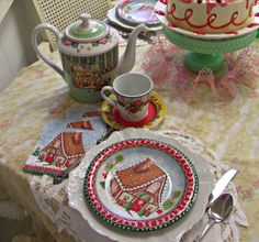 Penny's Vintage Home: Comfort & Joy Tea Set