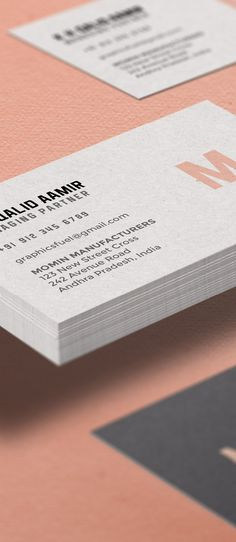 This freebie is levitating business card mockup PSD template. This is a subtle and elegant mockup to showcase your front and back designs. Business Card Mock Up, Business Card Design, Mockup Templates, Place Card Holders, Tutorials, Empty, Stationery, Photoshop, Branding