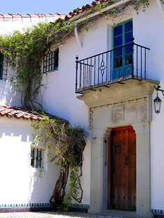 Beautiful. Santa Barbara architecture.
