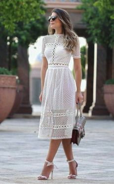 Crochet dress outfit simple ideas for 2019 Casual Dresses, Short Dresses, Fashion Dresses, Summer Dresses, Formal Dresses, 90s Fashion, Boho Fashion, Fashion Beauty, Dress Skirt