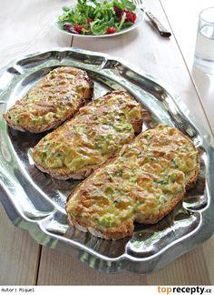 Variace na Welsh rarebit* :: Tostadas al estilo Welsh rarebit* Tostadas, Rarebit Recipes, Grill Pan, Welsh, Cauliflower, Grilling, Food And Drink, Vegetables, Cooking