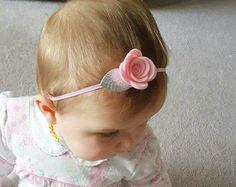 Personalizada Rosa diadema, corona de flores, corona flores, diadema flor fieltro, diademas de bebé, diadema de rosas, fieltro diadema rosa, diadema para bebé
