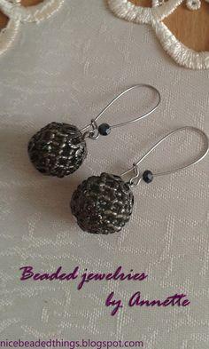 Гарненькі бісерні штучки | Beaded jewelries by Annette: Темне мереживо