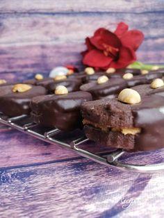 Arašídové krúžky – Recepis.sk Panna Cotta, Pudding, Cooking Recipes, Ethnic Recipes, Desserts, Food, Basket, Tailgate Desserts, Dulce De Leche