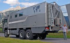 8 Awesome Expedition Vehicles You Need To See! The Action Mobil Atacama 7900 is a monster in every sense of the word as it devours everything that crosses its path. Expedition Vehicles For Sale, Expedition Truck, Best Campervan, Overland Truck, Fiat Ducato, Adventure Campers, Bug Out Vehicle, Off Road, Truck Camper