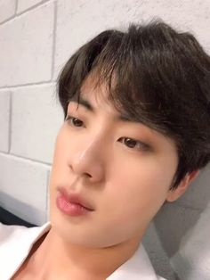 Shared by miiims. Find images and videos about bts, jin and bangtan on We Heart It - the app to get lost in what you love. Bts Jin, Jin Gif, Bts Bangtan Boy, Kim Namjoon, Bts Taehyung, Jung Hoseok, Jimin Selca, Namjin, Les Bts