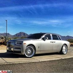 """""""When things don't happen right away, remember that it takes 13 hours to build a Toyota and 6 months to build a Rolls-Royce. Best Car Photo, Rolls Royce Motor Cars, Top Luxury Cars, Rolls Royce Phantom, Car Engine, Expensive Cars, Future Car, Amazing Cars, Custom Cars"""