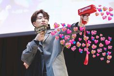 Youngjae coming for my heart, only to use them as weapons on even more fangirls Meme Got7, Got7 Funny, Funny Kpop Memes, Dankest Memes, Exo Memes, Youngjae, Yugyeom, Meme Pictures, Reaction Pictures