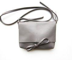 leather bag shoulder bag messenger bag woman leather by Lilyleau