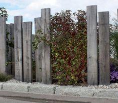Sichtschutz - Neuschwander AG Garten und Bau There are many items that can ultimately comprehensive Garden Privacy, Pergola Garden, Backyard Garden Design, Garden Fencing, Pergola Shade, Front Yard Fence, Front Yard Landscaping, Evergreen Vines, Seaside Garden