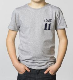 BOYS - EQIP-11 T-shirt  - light grey. For hockey players who also want to radiate team spirit and sportsmanship.