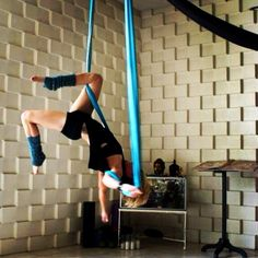 I believe I can fly...  Jupiter of ajnalife.com Aerial yoga, antigravity yoga, aerial hammock, aerial silks