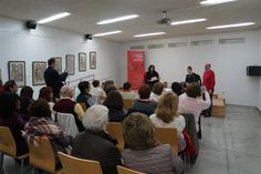 Encuentro con la escritora Herminia Luque en la Biblioteca Manuel Altolaguirre. Noviembre 2015