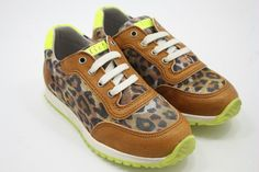 Clic! Sneakers met tijgerprint