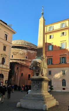 Piazza della Minerva with its peculiar statue of an elephant in the centre. if you are visiting Rome with kids, make sure you come to the back of the pantheon to see this peculiar sculpture Italy Travel Tips, Rome Travel, One Day In Rome, Best Of Rome, Italy Vacation, Family Travel, Travel Inspiration, Centre, Elephant