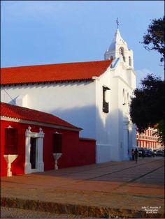 Catedral de Coro #Venezuela #Arquitectura @ArquitecturaVzl @catedralguanare @GoogleEarthPics #photography @RUTAS_4WD