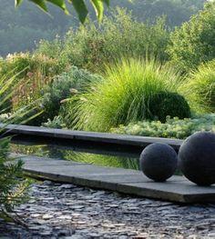 Inspiration jardin mineral x cactus 7 Modern Landscaping, Outdoor Landscaping, Outdoor Gardens, Landscape Design, Garden Design, Design Jardin, Water Features In The Garden, Garden Architecture, Contemporary Garden